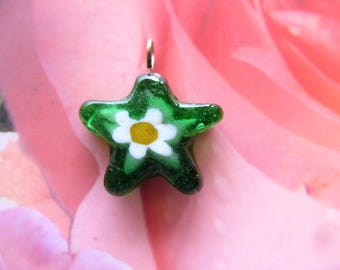 Star charm 21 mm glass vintage green jewelry creations