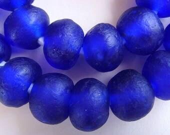 36 TGBL09 - cobalt blue - translucent glass beads