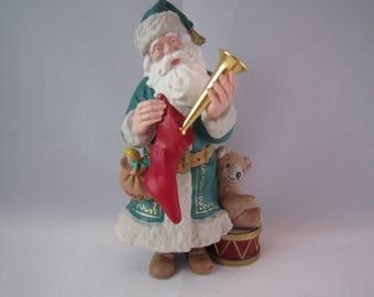 1992 Hallmark Keepsake Ornament - Merry Olde Santa - #3 in Santa Series New In Box
