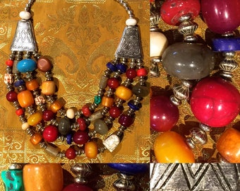Ethnic multicolored beads necklace