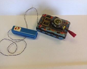 Vintage ME-060 Tin Remote Control Tank | Tin Toy | Vintage Toy | Robot Toy | Litho Toy | Metal Toy |