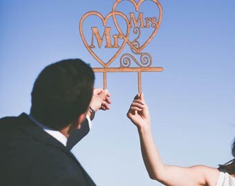 Mr and Mrs Sing / wedding centerpiece