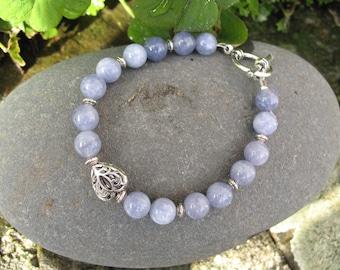 Blue quartz and heart beaded bracelet