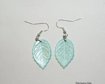 Earrings fall pastel green with silver leaves