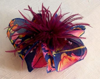 Small hair clip flower fabric & feathers and beads 063