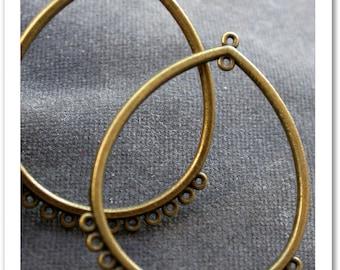 set of 2 pendants earrings metal bronze finish