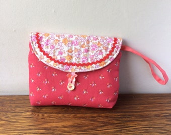 Makeup bag - little flower motifs