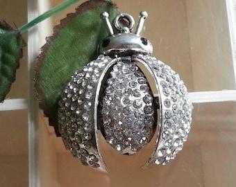 Pendant of beetles, Crystal rhinestone alloy pendants, antique silver, 54 x 45 x 3 mm, hole: 3.5 Mmetincelante necklace findings