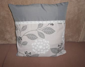 Cushion cover in shades of gray 40 x 40 cm with lace