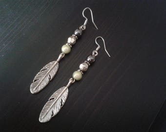 Earrings silver feather and beads