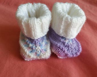 Pair of shoes 0/3 months hand knitted