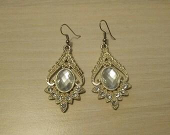 Juliette silver pierced earrings.