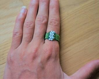 Miyuki Delica, green ring