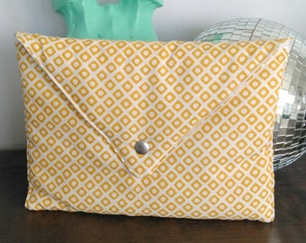 White and yellow geometric pattern cover