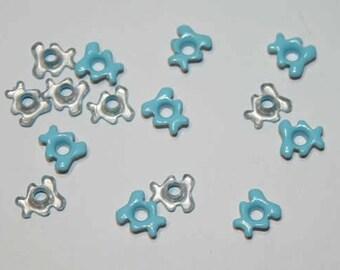 Set of 25 eyelet Cubs blue pastel