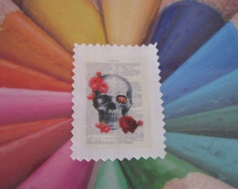 Image transfer, to sew, skull, antique book