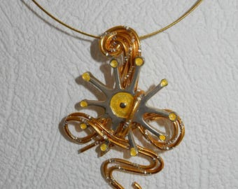 The Sun pendant Choker necklace