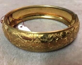 Vintage gold colored bracelet