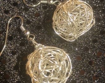 Silver plated wire earings