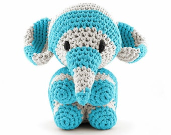 Beige and blue elephant maxigurumi Kit