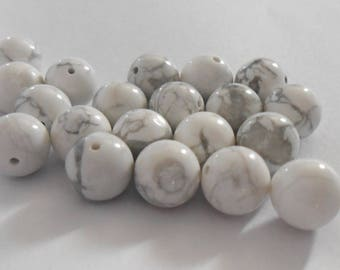 Natural white Howlite bead 10 mm. (9272315)