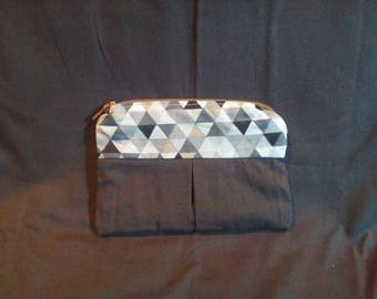 Triangle pattern grey coin wallet