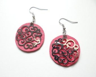 Earrings pink leather light and timeless
