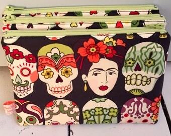 Frida Kahlo print zipped pouch