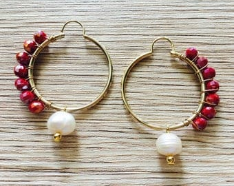 Gold plated earrrings with red glass beads and natural pearls.