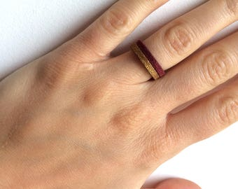 Reversible suede ring