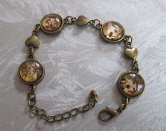 "lovely vintage bracelet bronze cabochon ""looking for the intruder"""