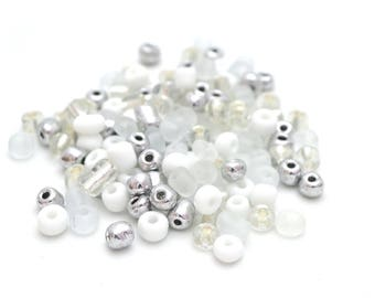 10 g large seed beads 6/0 white glass 4mm silver / MPERRO037