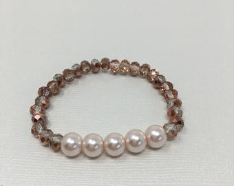 Pearl and rose gold faceted beaded bracelet