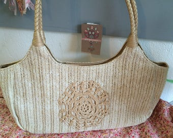 Customized beige crochet handbag