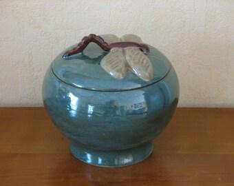 Box stoneware dragonfly