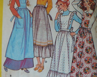 Women's Pinafore or Apron Pattern, Vintage McCalls 2925, Size Small, CoPA Pattern circa 1970