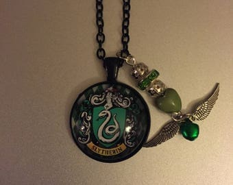 Handmade slytherin necklace with pendant