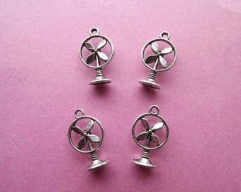 10 charms small 3D silver metal fans