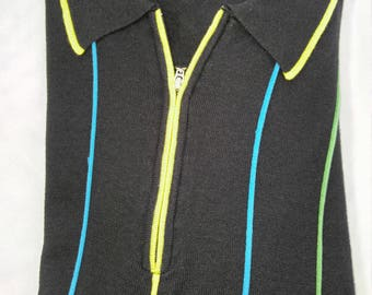 Classic Short-Sleeve Zip Front Knit Pullover (M)