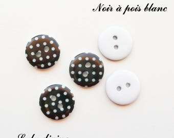 Set of 5 buttons round 15 mm 2-hole: black with white dots