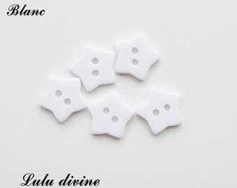 Set of 5 buttons Star 2-hole 17 mm: white