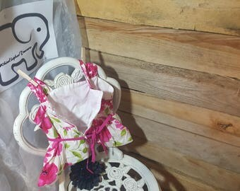 Pretty in Pink Clothes Pin Bag