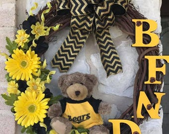School Spirit Wreath