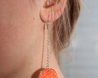 Earring round red with polka dots