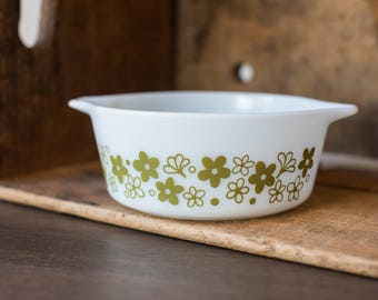 Vintage Pyrex 472 Spring Blossom Green- Crazy Daisy - Casserole Dish