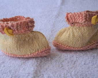 Handknit slippers for boy or girl-Sailor-striped slippers 3-6 months-sailor style-navy baby-newborn gift- knitted baby clothing