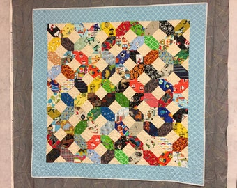 quilt, pieced, baby, boy, throw, cotton, pet free/smoke free environment,milti-colored, patchwork