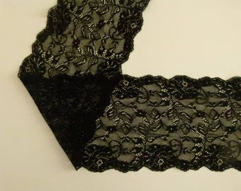 lace of calais black and blue 17 cm wide sold by the cut of 20 cm long cut to desired length