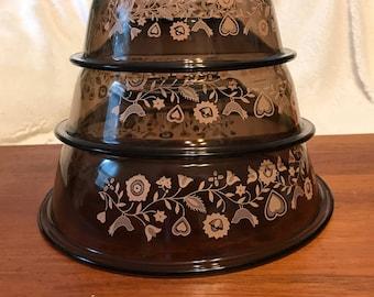 Vintage Pyrex Brown Visions Set of 3 Nesting Bowls with Pink Festive Harvest Friendship Pattern