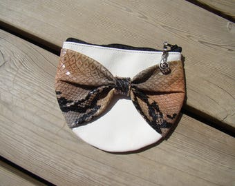 Kit wallet fancy White leather and python print leather bow